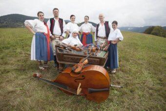 Cimbálová muzika Ostravica
